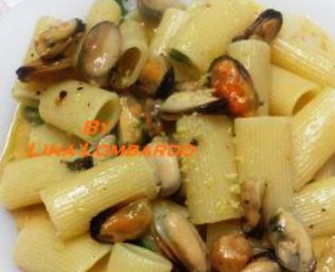 Rigatoni con Crema di Fagioli e Cozze