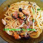 Spaghetti con Cozze Tonno e Olive Nere