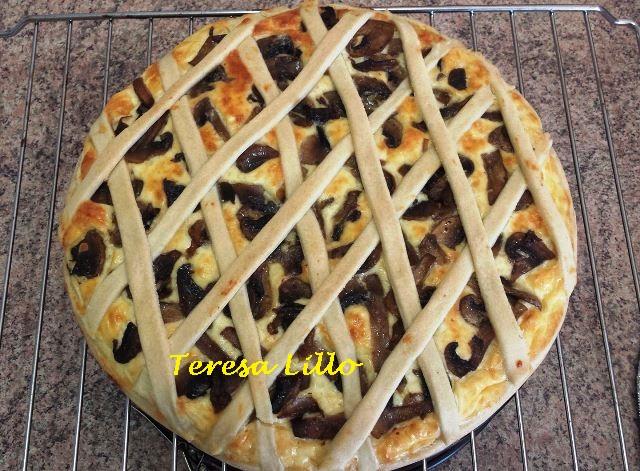 Torta Rustica con Ricotta Bresaola e Funghi