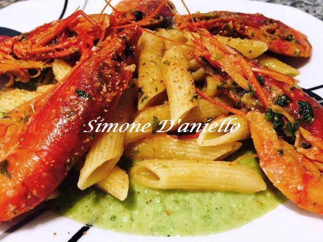 Pennette con Gamberi e Pesto di Zucchine