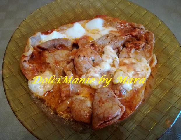 Carne alla Pizzaiola con Mozzarella