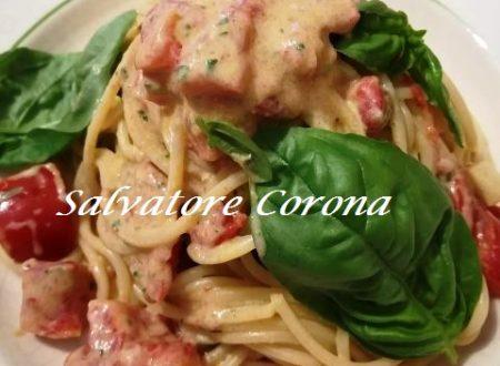 Spaghetti con Pomodorini e Crema al Basilico