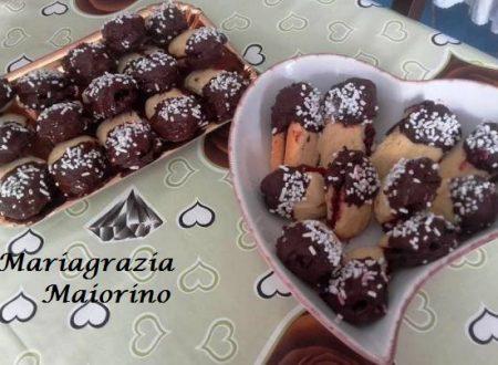 Pasticcini al Cioccolato Fondente e Marmellata