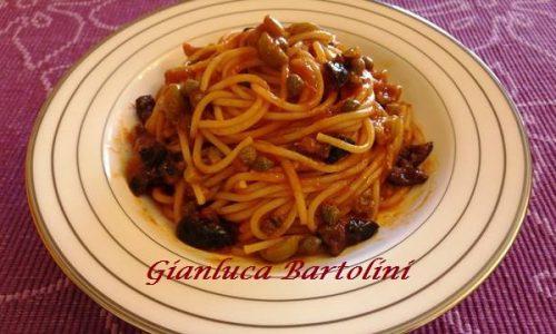 Spaghetti alla Puttanesca – Ricetta Veloce