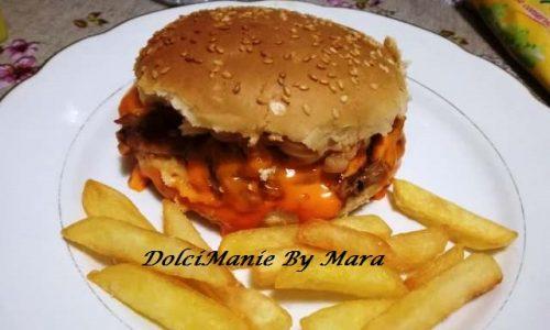 Street Food – Maiale Salsa Barbecue e Cheddar