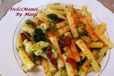 Sedani Rigati con Broccoletti e Pomodori Secchi