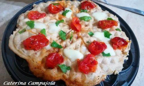 Pizza Waffle Ripiena – Semplice e Sfiziosa