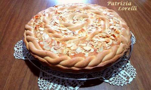 Crostata con Crema Frangipane e Marmellata