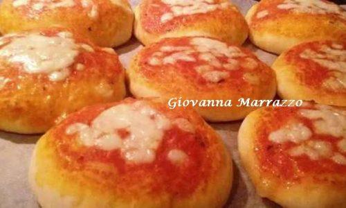 Pizzette Sofficissime Da Buffet – Ricetta